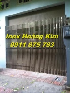 Cổng inox mẫu 18