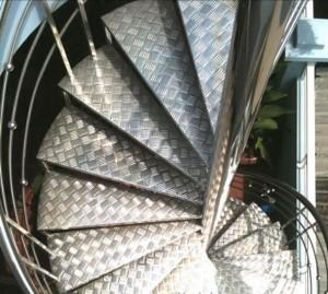 Cầu thang inox  mẫu 10