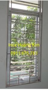 Sen hoa cửa sổ inox mẫu 24