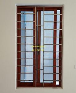 Sen hoa cửa sổ inox mẫu 9