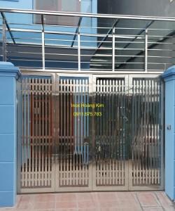 Cổng inox mẫu 77