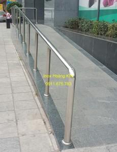 Cầu thang inox mẫu 51
