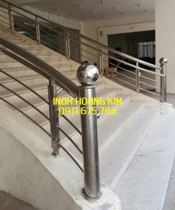Cầu thang inox mẫu 55