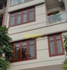 Sen hoa cửa sổ inox mẫu 13