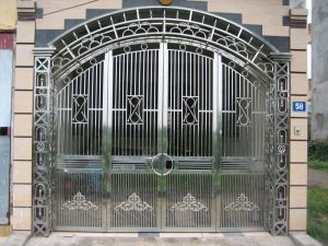 Những ưu điểm của cửa – cổng inox