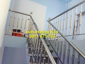 Cầu thang inox mẫu 71