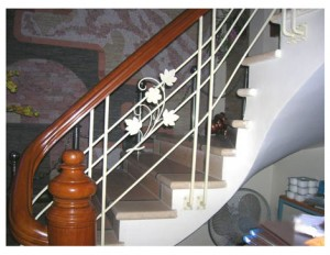 Cầu thang sắt mẫu 5