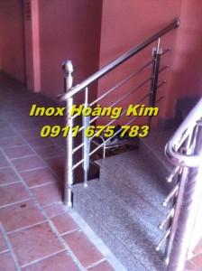 Cầu thang inox mẫu 12