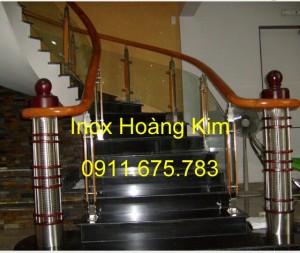 Cầu thang kính mẫu 19