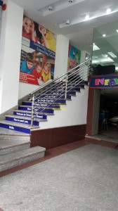 Cầu thang inox mẫu 43