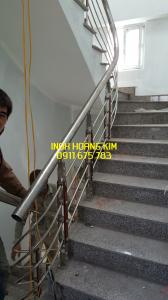 Cầu thang inox mẫu 54