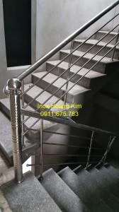 Cầu thang inox mẫu 3
