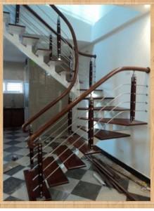 Mẫu cầu thang inox tay vịn gỗ đẹp