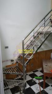 Cầu thang inox mẫu 5