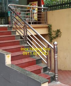 Cầu thang inox mẫu 6