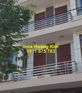 Lan can inox mẫu 72